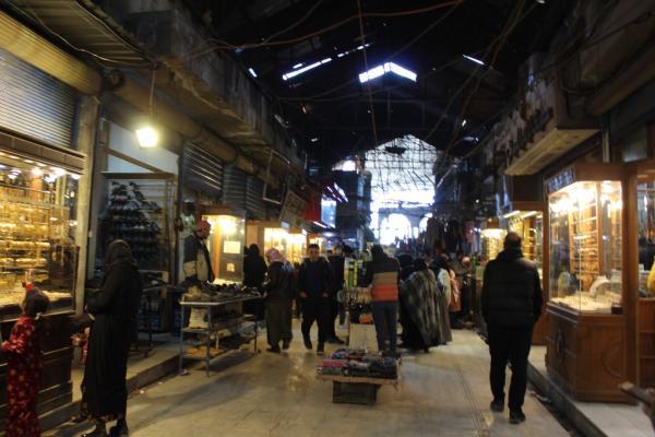 السوق المغطى في منبج.. مقصد المتبضعين ومركز الحركة التجارية في شمال وشرق سوريا