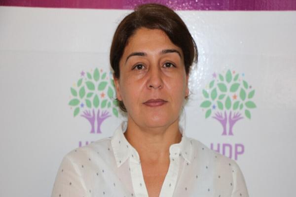 السلطات التركية تعتقل الرئيسة المشتركة لـ HDP في آمد