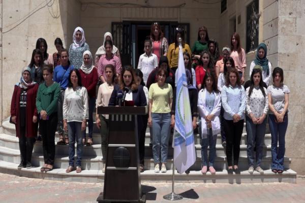 عضوات المجلس التنفيذي بإقليم الفرات يدنّ الهجمات على مقر HDP