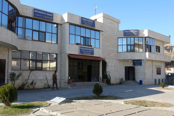 إدارة معبر فيش خابور ترفض 49 استمارة قدّمها زائرون لباشور وتمنعهم من العبور