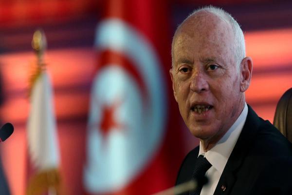 الرئيس التونسي: قرارتي تنفيذ لنص الدستور وليست انقلاباً