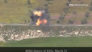 بالفيديو تدمير آلية عسكرية في بلبلة ومقتل عدد من المرتزقة