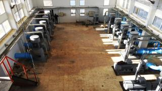 لجنة الزراعة في الرقة تصلح مضخة تغذي مساحة 60 ألف دونم