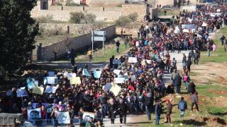 طلبة ومعلمي عفرين يؤكدون على استمرار المقاومة