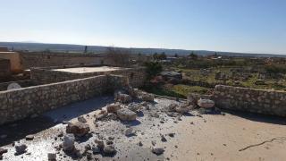 إصابة زوجين مسنين وتدمير منازل جراء القصف على قرية صوغانكه