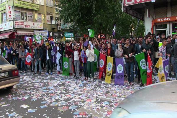 EU describes seizure of municipalities in Bakur as repressive