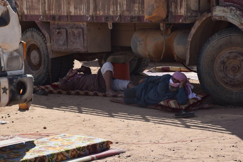 More refugees flowing to Iwa, Deir ez-Zor Council undertaking services