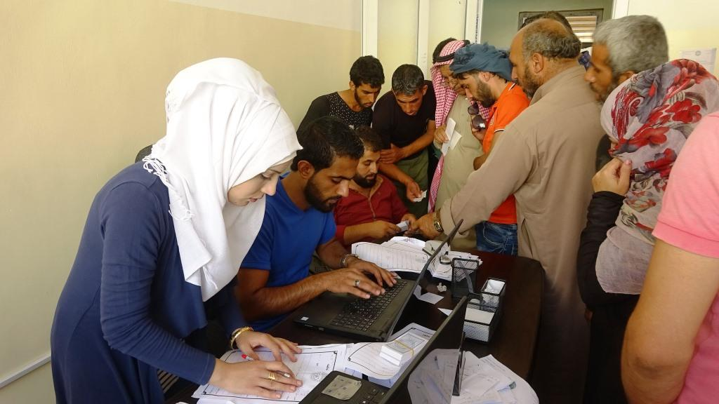 Employment Office in al-Raqqa provides jobs for more than 2500 people
