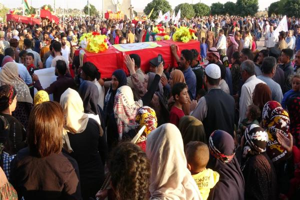Thousands of people in al-Hasakah bid martyrs of Resistance of Dignity farewell