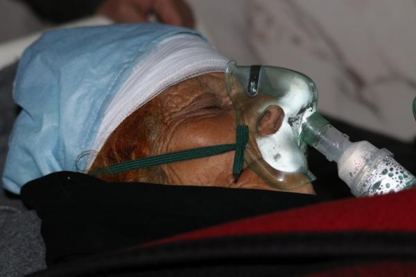 ​​​​​​​Elderly woman injured in shelling mercenaries in Manbij