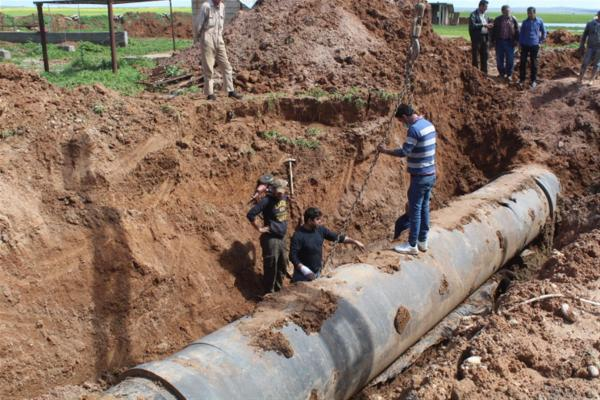 Maintenance teams continue its work to re-pump water to al-Hasakah city
