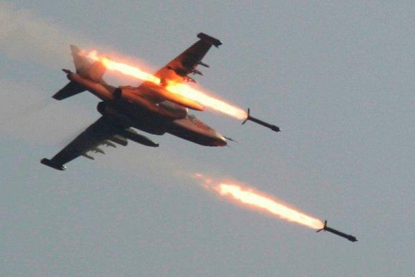Russian jets bombard ISIS in Syrian Desert