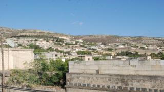3 civilians kidnapped, car stolen in Afrin