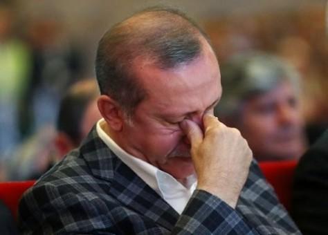 Erdogan y su cuñado dominan varias posiciones y la economía se está deteriorando