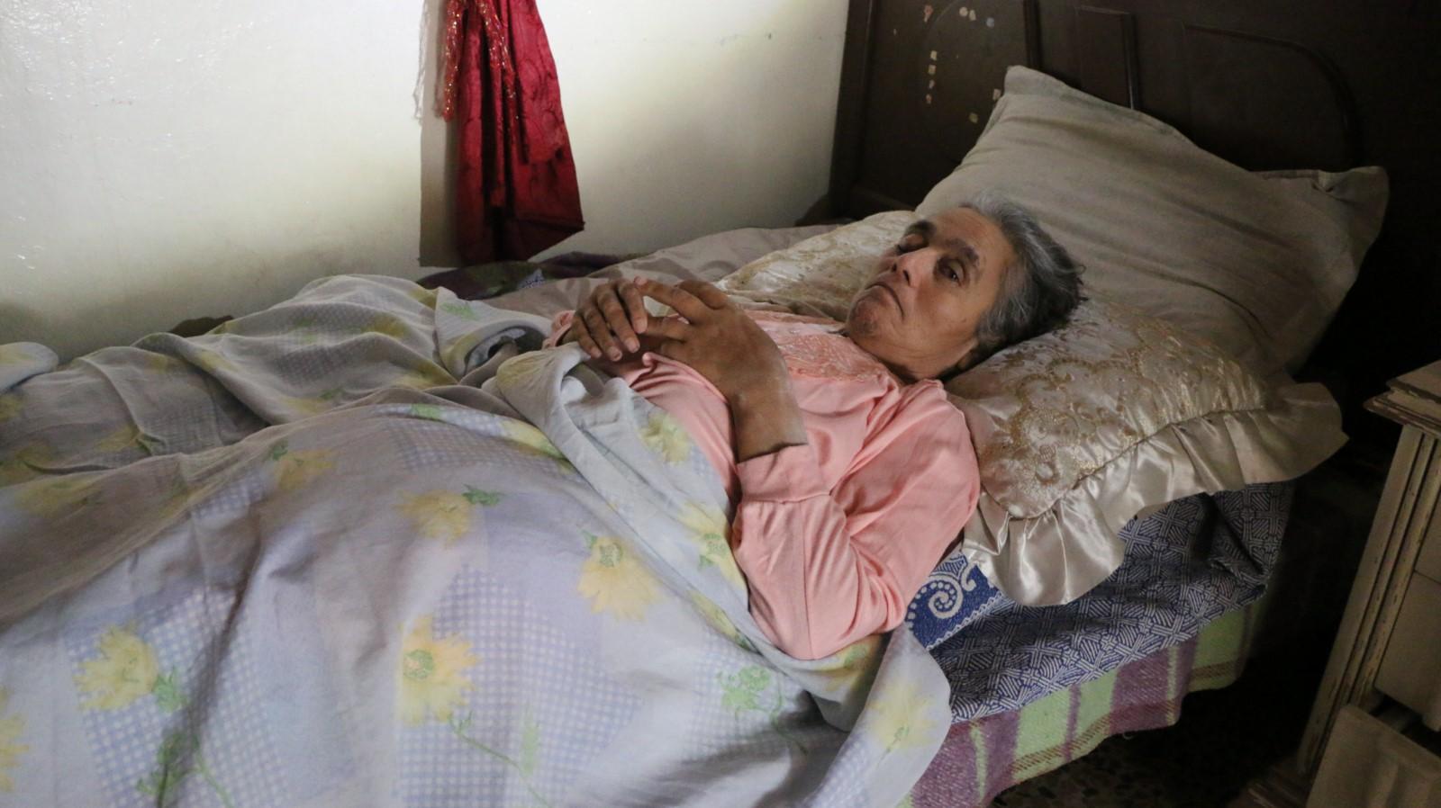 Anciana madre Jannat víctima de de la ocupación turca