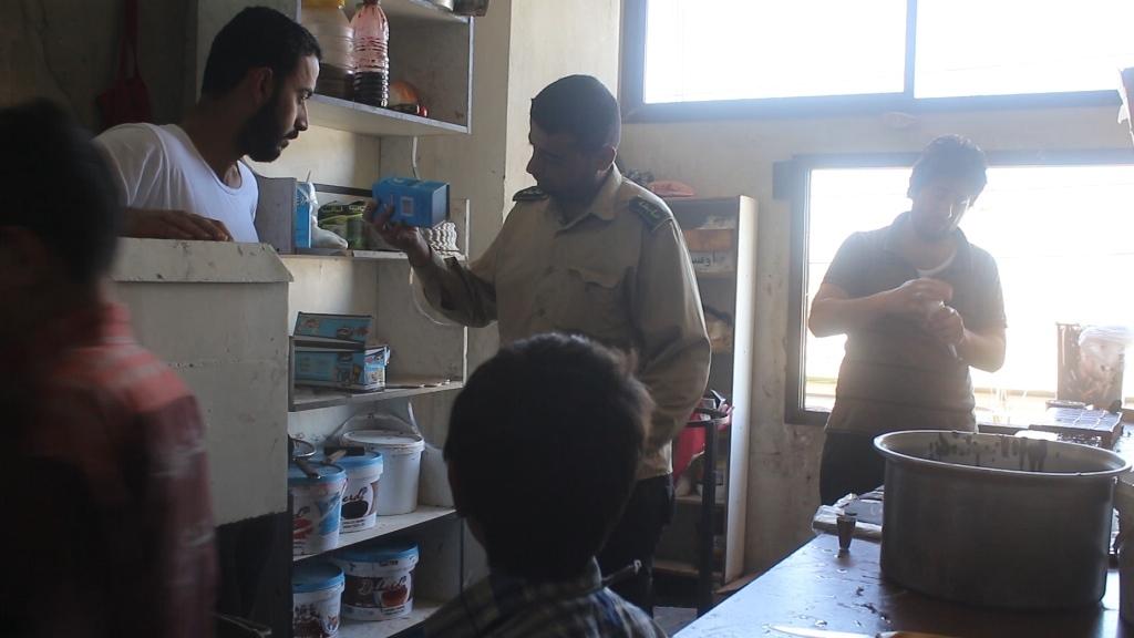 Municipalidad Popular de al-Tabqa continúa regulando los mercados