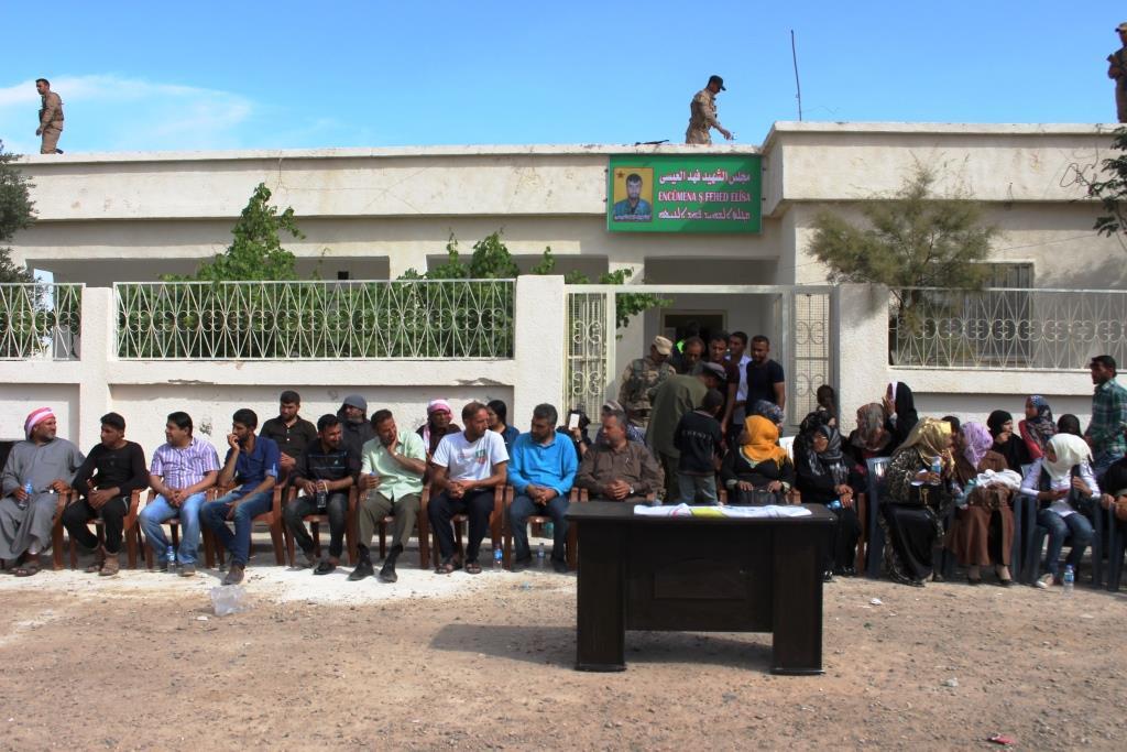 La Asamblea Popular se abrió para la línea del Este en la campiña de Deir ez-Zor