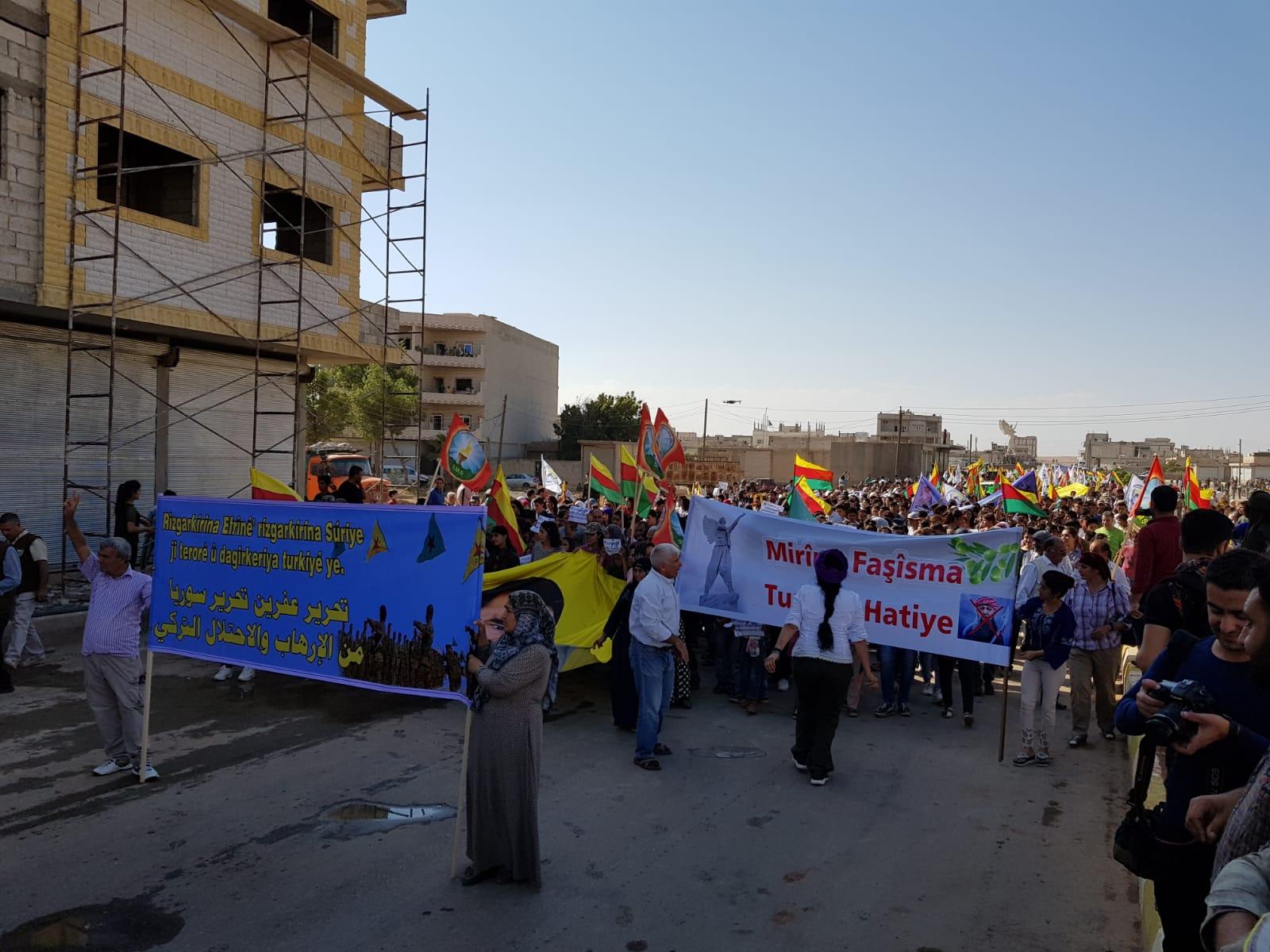 Pueblo de Kobanî se rebela contra las violaciones de la ocupación turca en Afrin