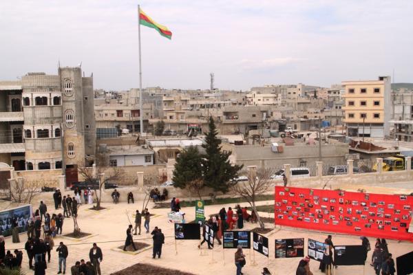 Yekitiya Rewşenbîran ji bo li darxistina komxebata yekrêziya kurdî amadekariyan dike