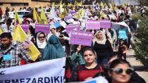 Li Hesekê mamoste li dijî tecrîda li ser rêber Abdullah Ocalan meşiyan