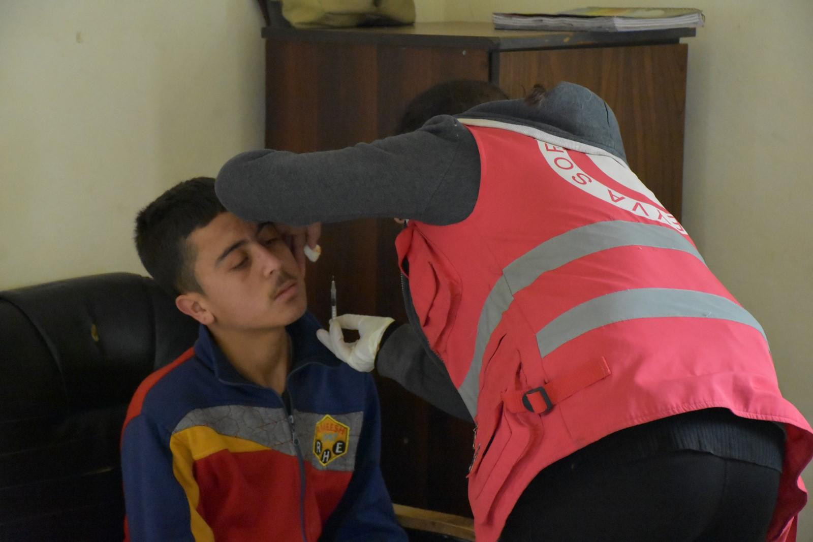 Курдский Красный Полумесяц оказывает беженцам посильную помощь