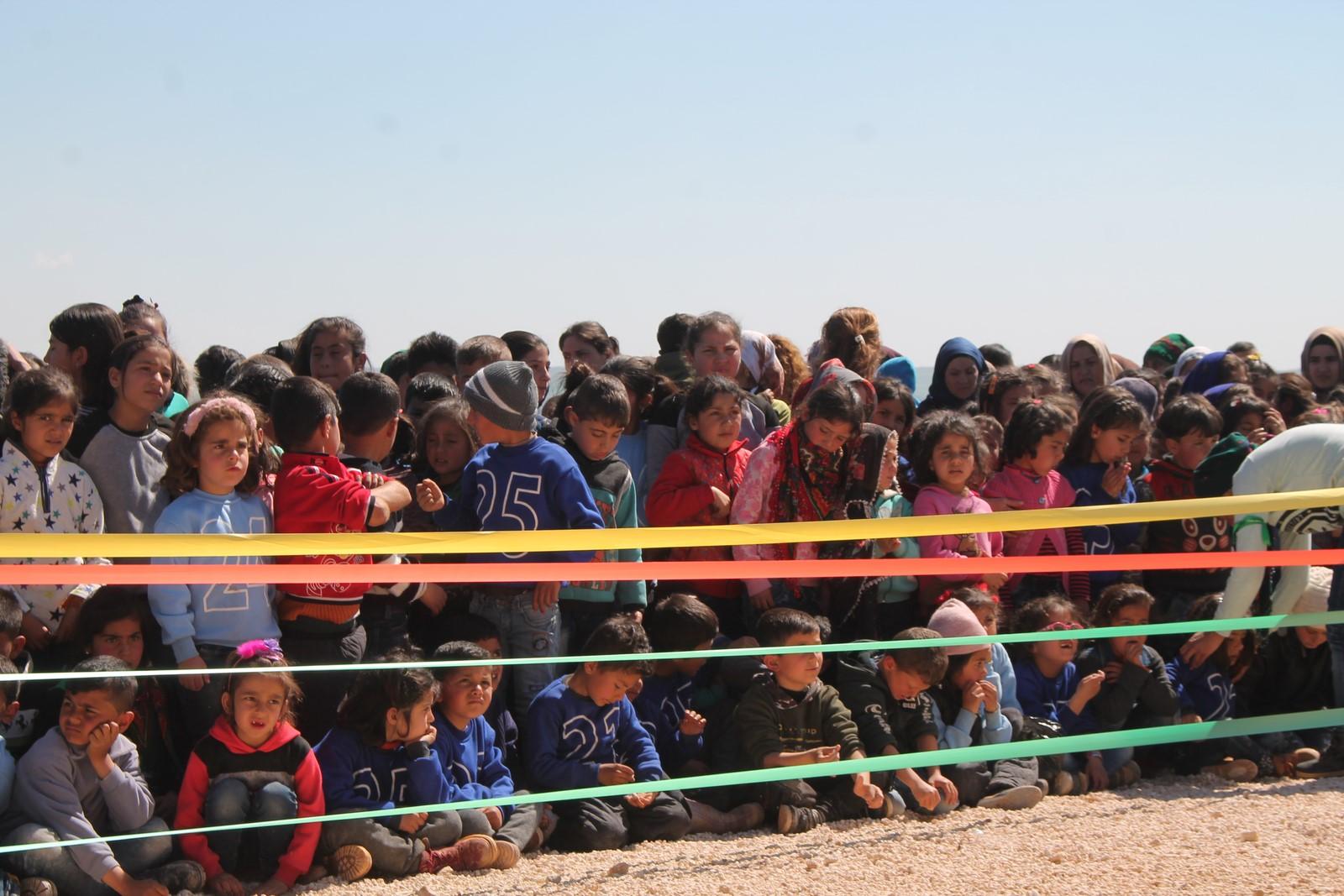 Efrin ve Şehbalı çocuklar Newrozu kutladı