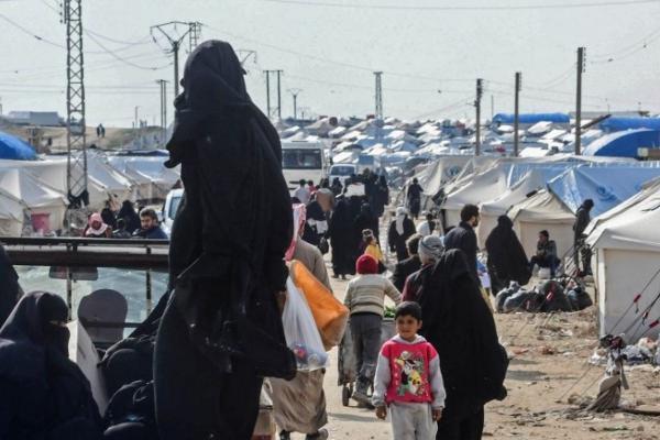 İsveç Devlet Televizyonu: İsveçli DAİŞ'li kadınlar Rojava'da yargılanacak
