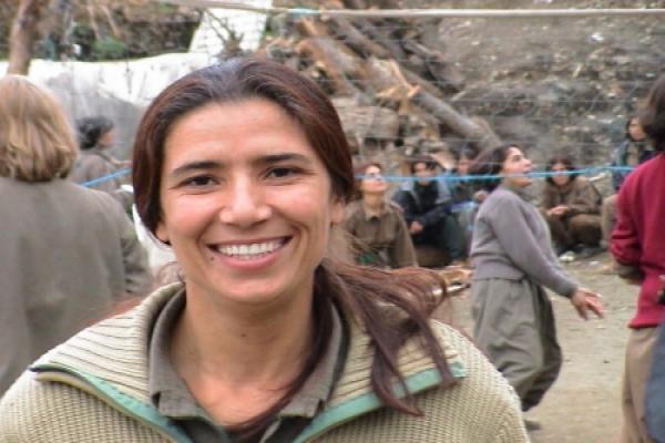 Direnişi ve cesaretiyle öncü bir kadın: Şîlan Kobanê