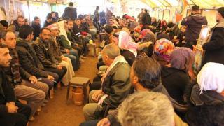 Til Hemîs'te Şehit Deham'ın ailesine başsağlığı ziyareti